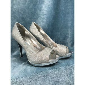 Rampage Gracee Womens Shoes Silver Sparkle Peep